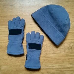 Size Small kid Lands' End hat & gloves